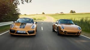 Porsche 993's driving side-by-side